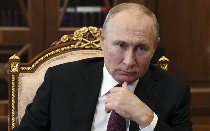 Ο Πούτιν τα «βάζει» με την Ευρωπαϊκή Ένωση για πολιτική διακρίσεων απέναντι στους κατοίκους της Κριμαίας
