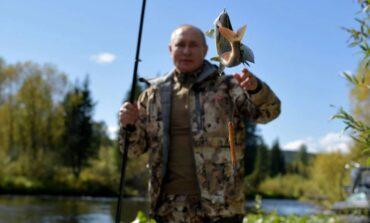 Ταξίδεψε στη Σιβηρία και πήγε για ψάρεμα ο Πούτιν