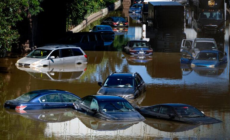Τουλάχιστον 13 οι νεκροί σε Νέα Υόρκη και Νιου Τζέρσεϊ από την καταιγίδα Άιντα