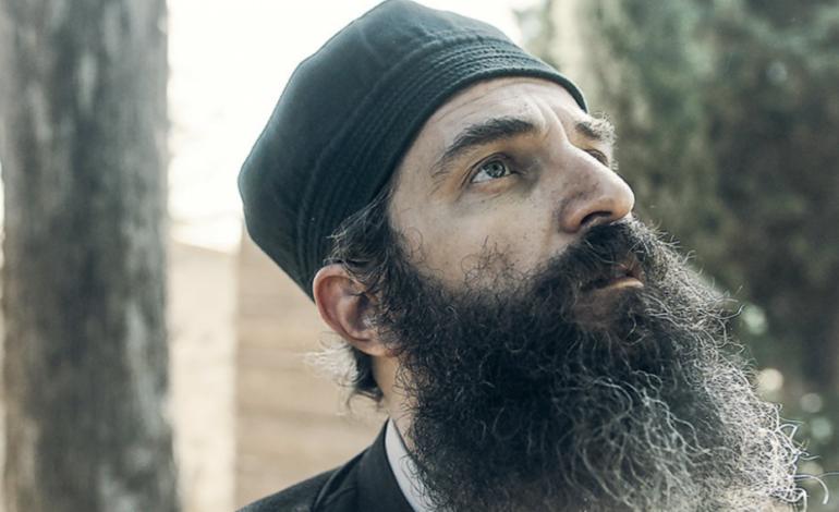 «Ο άνθρωπος του Θεού»: Θαυμαστό ταμείο, διχασμένο κοινό