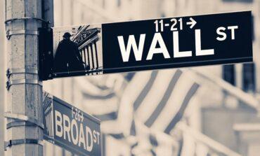 Ισχυρό comeback στη Wall με... στήριξη από τη Fed