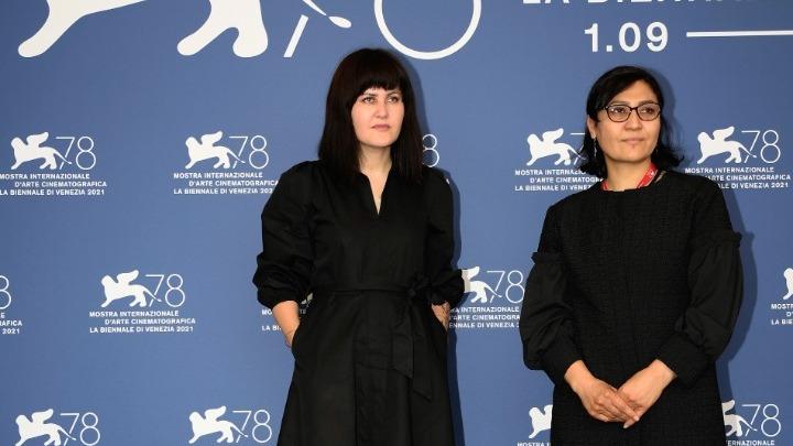 Αφγανές κινηματογραφίστριες απευθύνουν έκκληση από το φεστιβάλ της Βενετίας