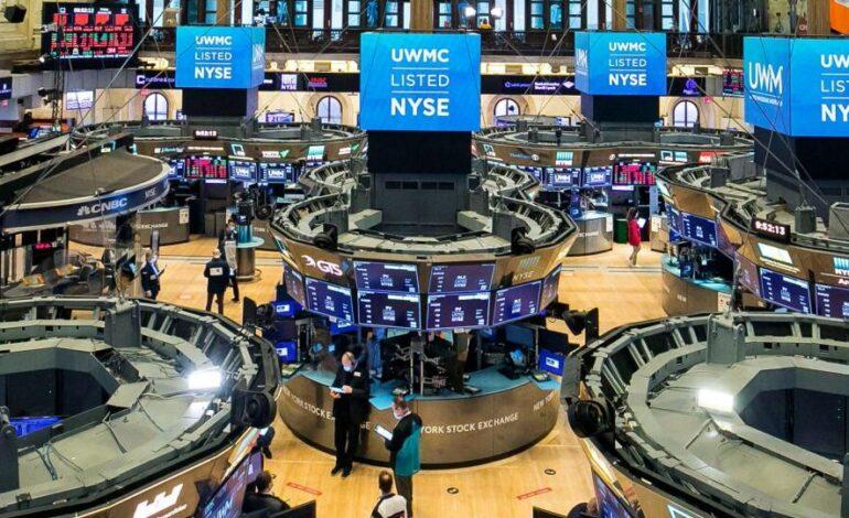 Τέταρτη συνεδρίαση απωλειών για τον Dow υπό το βάρος ανησυχιών για πανδημία – οικονομία